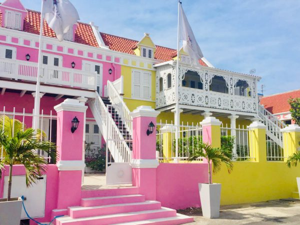 Curacao there is a difference